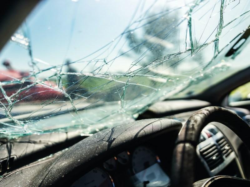 Velocidad mortal: Muren 5 adolescentes en accidente en Carolina del Norte