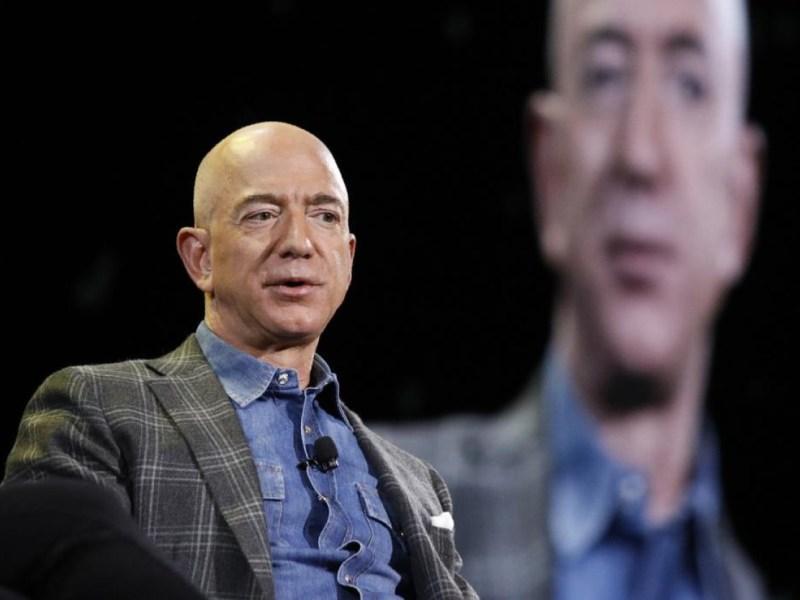 Jeff Bezos hotel espacial privado
