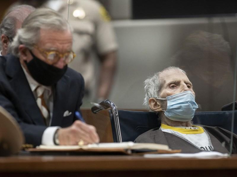 Le dan cadena perpetua, pero enferma de COVID-19: Robert Durst está en el hospital