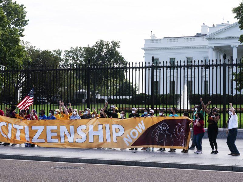 democratas-intentaran-plan-humanitario-que-beneficie-a-7-millones-de-migrantes