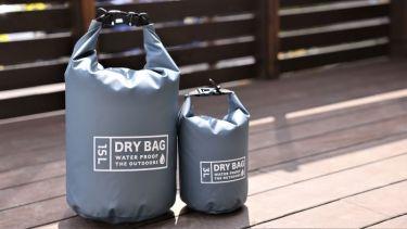 ダイソー「ドライバッグ」の防水性能と収納力を徹底検証!使い道をたっぷりご紹介!