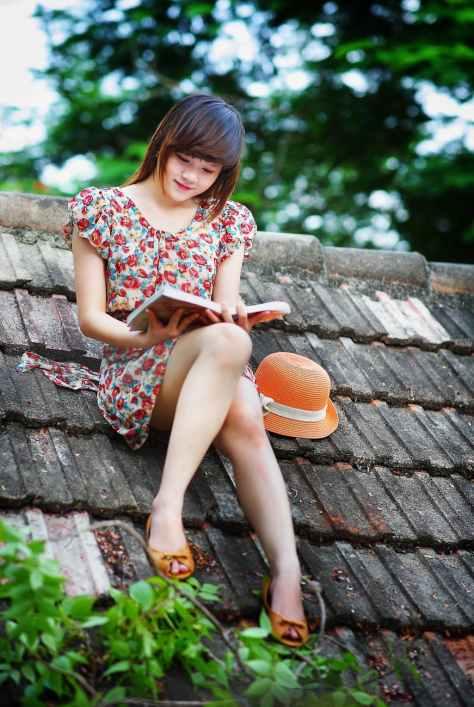 beautiful blur book brunette