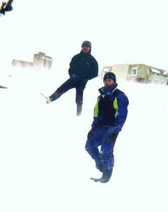 Jalan Jalan di Salju