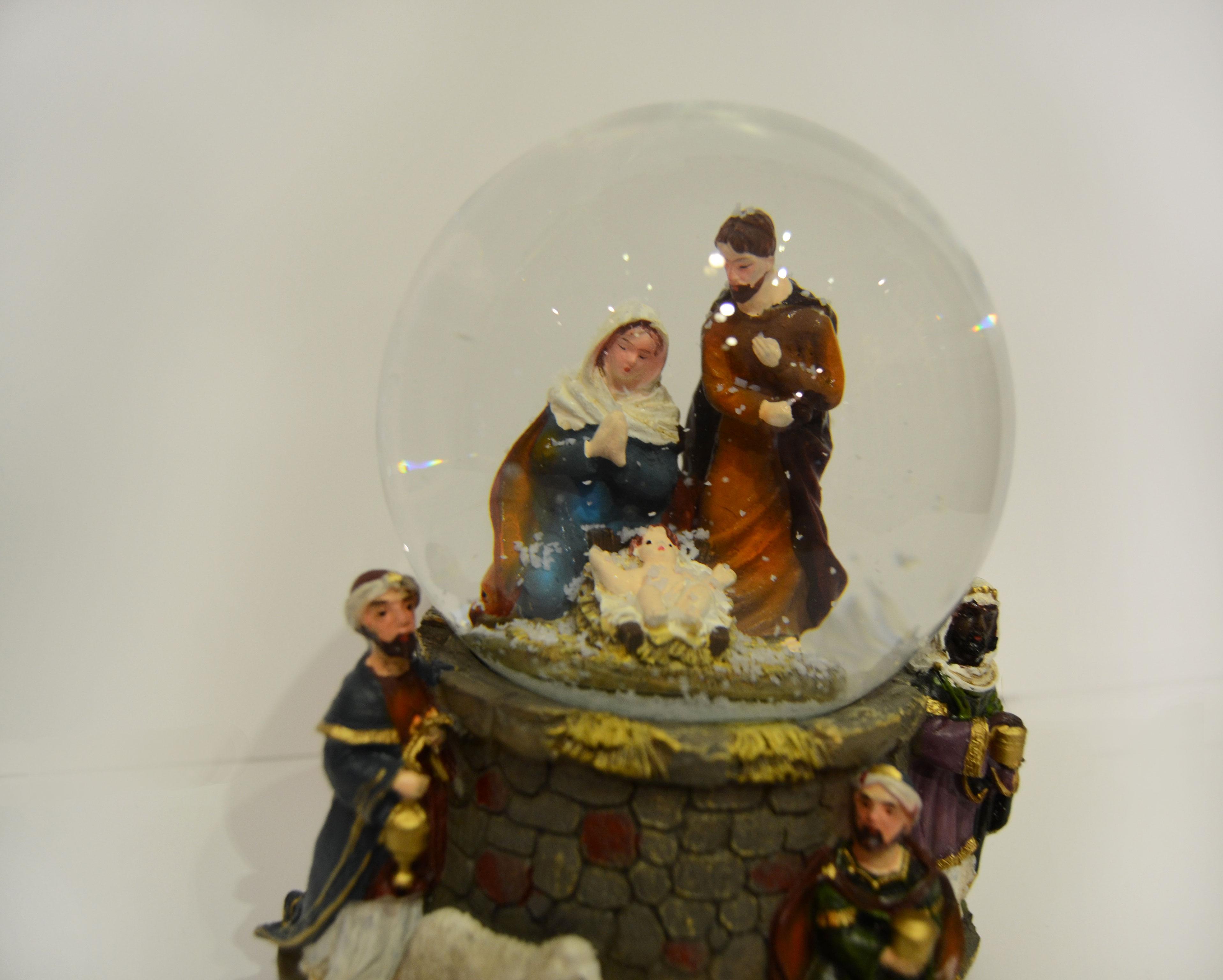 nacimiento navidad misterio bola