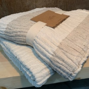 Crinkle Linen Cotton Throw
