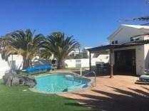villa palmera pool