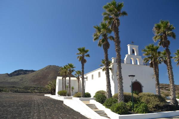 Monte Corona Ye Church
