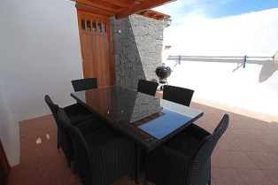 357 outdoor dining