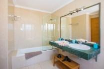 Corralejo Bathroom