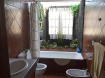 Villa Ani Lee Downstairs Bathroom
