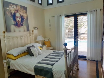 Lauremar Bedroom