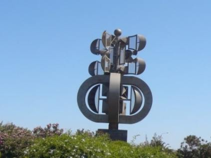 Airport Wind Sculpture_0