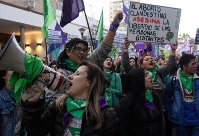 Vigilia en Argentina: a horas de la histórica sesión por la despenalización del aborto