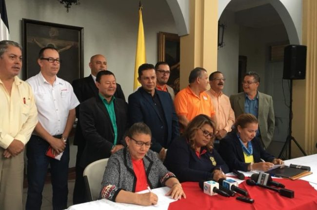 el-gobierno-de-costa-rica-inicia-el-dialogo-para-destrabar-la-huelga