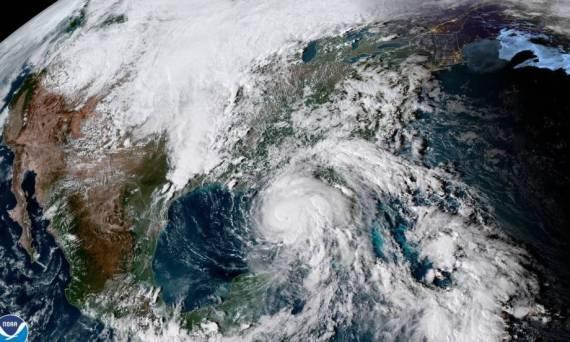 huracan-michel-se-eleva-a-categoria-4-y-avanza-hacia-florida
