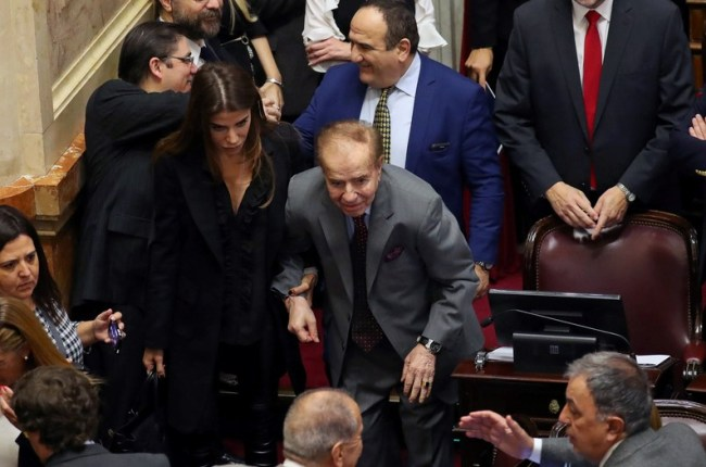 absolvieron-al-ex-presidente-argentino-carlos-menem-por-trafico-de-armas