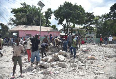 Terremoto de 5,9 grados sacudió a Haití dejando 14 muertos y más de un centenar de heridos