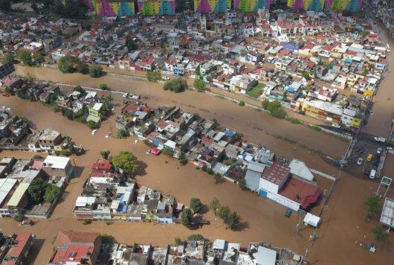 willa-toco-tierra-en-mexico-y-se-degrado-a-tormenta-tropical