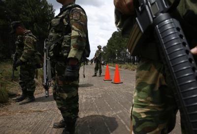 Venezuela: ante el asesinato de tres militares en la frontera con Colombia el gobierno refuerza la seguridad