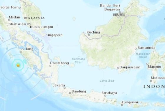 un-sismo-de-61-sacudio-a-indonesia