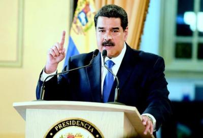Maduro pidió la renuncia a todo su gabinete por reestructuración