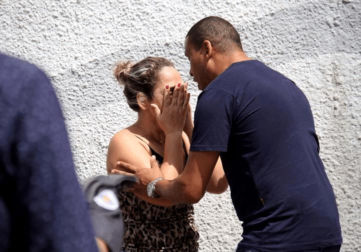 Dos ex alumnos tirotearon una escuela en Brasil: hay al menos 10 muertos