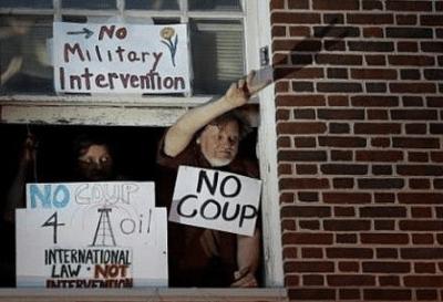 EE.UU ordena a activistas abandonar la embajada de Venezuela