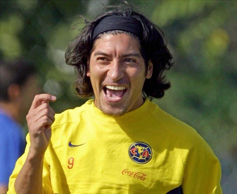 """GettyImages 51682877 e1587504805387 - """"Puede llevar al América a lo más grande"""": Iván Zamorano le augura un gran futuro a Solari"""