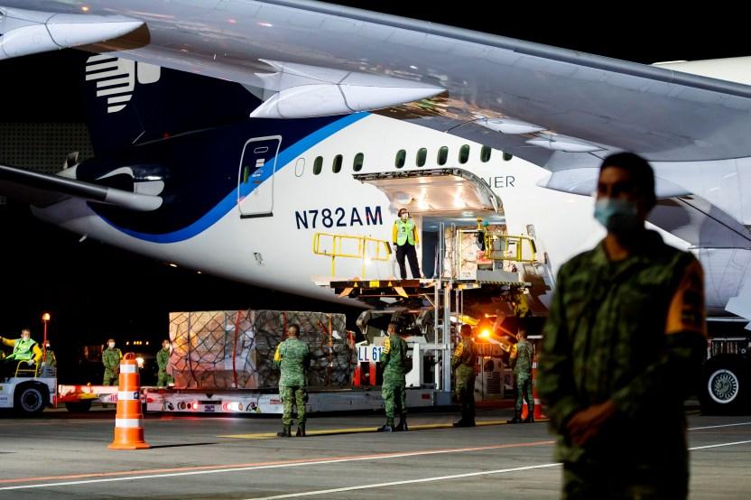 avic3b3n aeromc3a9xico china - Traslado de restos de víctimas de COVID-19 a México todo un desafío