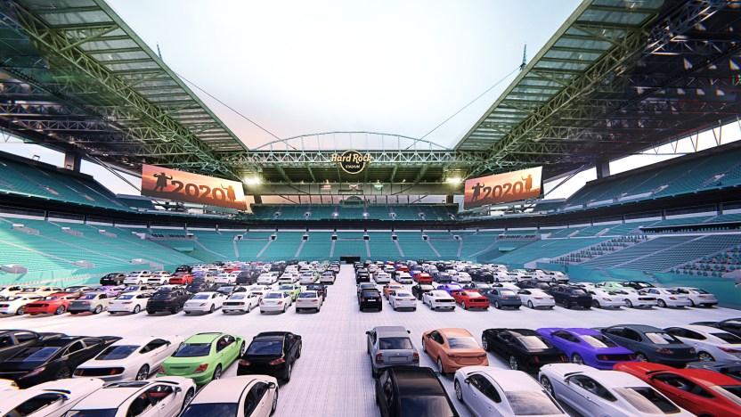 5 Drive In Inside Stadium - El emblemático estadio Hard Rock de Miami se convierte en un autocine en época de coronavirus