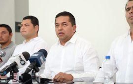 Emiliano Ramos hace campaña desde el Congreso, acusa el PVEM