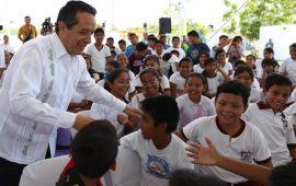 Se cuenta con 156 escuelas mejoradas y 61 ampliadas para que con espacios dignos los niños tengan más y mejores oportunidades para estudiar: Carlos Joaquín