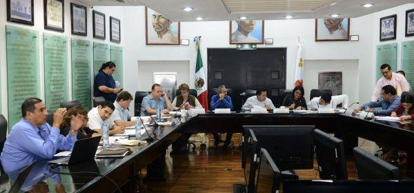 Avanza en comisiones revisión de leyes de ingresos municipales