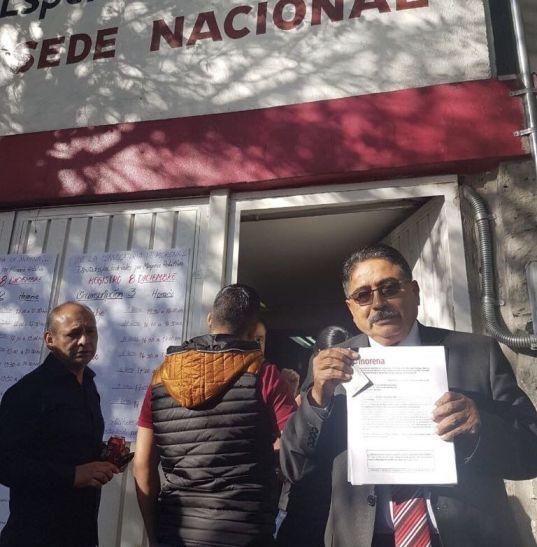 "Amenazas le quitan, otra vez, un candidato a MORENA   ""Don Cafeto"" se retira de la contienda"