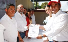 Rinde protesta Juan Carrillo como candidato en Isla Mujeres