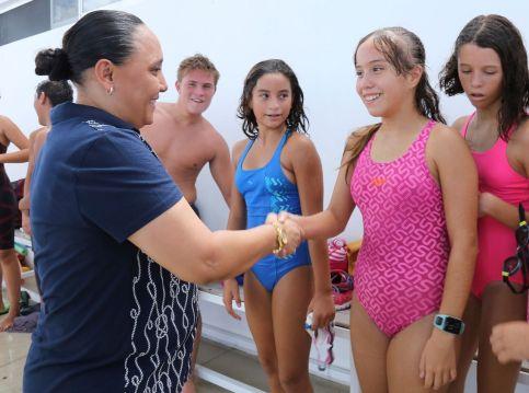 Impulsa Cristina Torres la educación y el deporte en Solidaridad