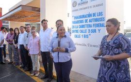Inaugura Gobierno de Solidaridad cinco nuevos paraderos