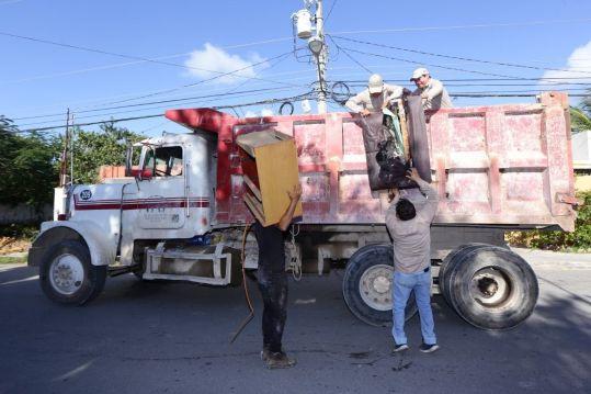Más de 35 toneladas de cacharros ha retirado el Ayuntamiento de Solidaridad este año