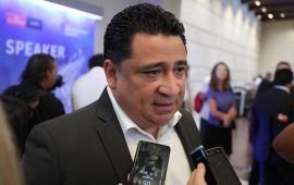 A sus 44 años, Quintana Roo vive una transformación en crecimiento: Martínez Arcila