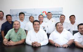 UBER REQUERIRÁ CONCESIONES   Acuerdan Congreso y taxistas