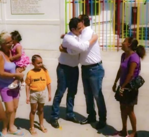 Reaparece Chanito, y pide el voto para Julián Ricalde