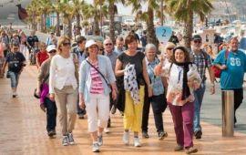 Los británicos son alentados a reclamar por enfermedades tras regresar de sus vacaciones, según encuesta