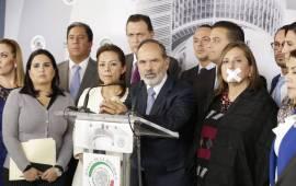 """""""Rechazamos el acuerdo mordaza de Morena en el Senado"""": Mayuli Martínez"""