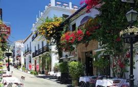 REPORTAJE | Marbella; glamour, caída y resurrección