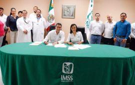 Firman Puerto Morelos y el IMSS convenio para seguridad social de los trabajadores