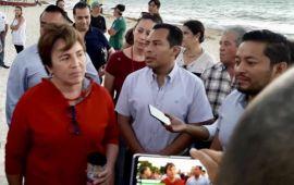 Laura Beristain no pagará por barrera antisargazo