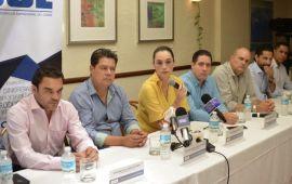 """El CCE se compromete a """"hacer política"""" para generar """"contrapeso"""""""