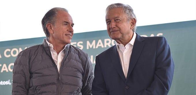 Columna Óscar Esquivel