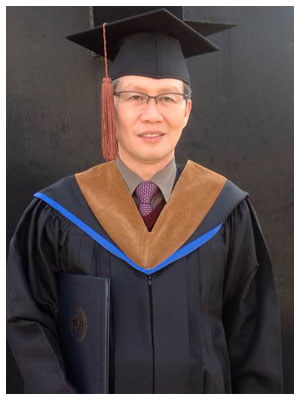 Mr. Kwun Young Wook The director of Lao-Top Colege