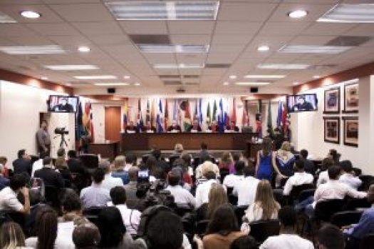 Corte Interamericana debate caso Surinam